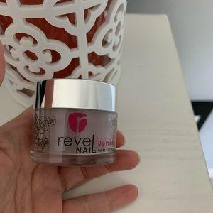 Revel dip powder